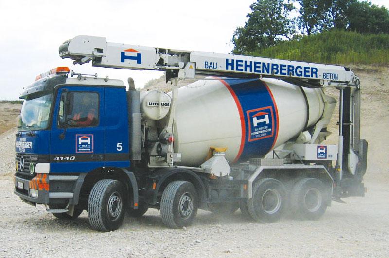 Hehenberger Betonmischwagen im Einsatz im bezirk Rohrbach