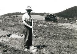 Hehenberger Bau, Spatenstich 1957